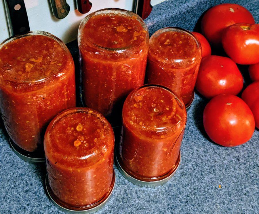 Easy Instant Pot Tomato Sauce